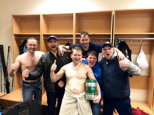 Выход в Финал Малого кубка Ночной Хоккейной Лиги