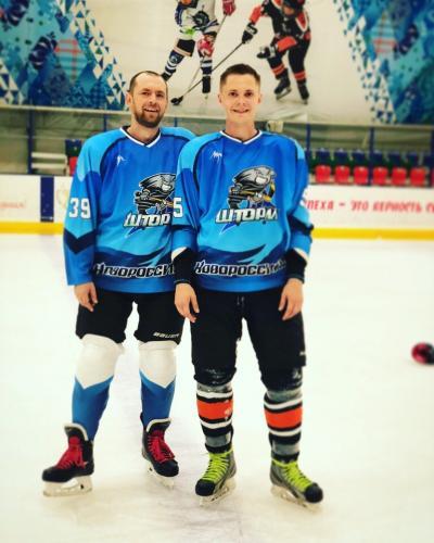 Арсений УдовенкоРоман Ефанов